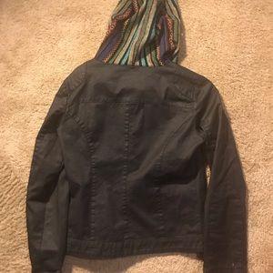Jacket with tribal print hood